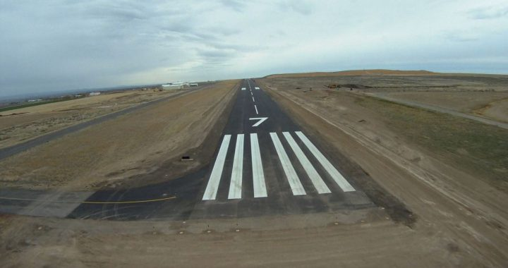 Runway 07